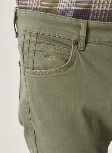 Beymen Business Slim Fit Flex-Fit Pantolon 4B0121200102 Yeşil